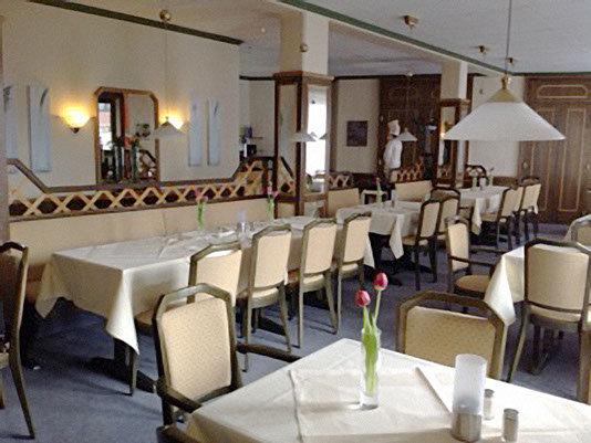 Hotel Strijewski Gastraum vorher
